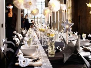 christmas-dinner-table-decorations-elegant-inspiration-of-an-new-year-party-decor-interior-result